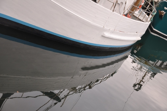 an image of a boat in the water at Hobart waterfront in Tasmania